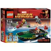 76006---LEGO-Super-Heroes---Iron-Man--Combatendo-no-Porto-Maritimo-Extremis
