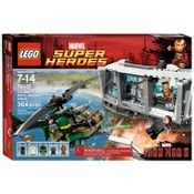 76007---LEGO-Super-Heroes---Iron-Man--Ataque-da-Mansao-de-Malibu
