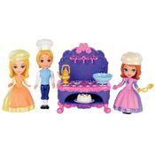 BDK49-BDK50-Mini-Cenario-3-Amigas-Princesinha-Sofia-Cozinhado-em-Familia-Mattel