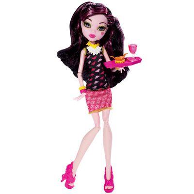 BJM17-BJM19-Boneca-Monster-High-Sangueteria-Draculaura-Mattel